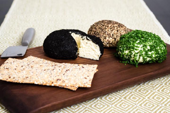 Enkel hemgjord ost