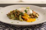 Franska linser med pistou och pocherat ägg